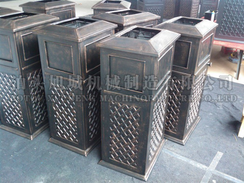 Cast aluminium garbage can
